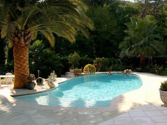 Surveiller et commander sa piscine par SMS